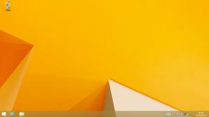 Windows 8 のデスクトップ画面